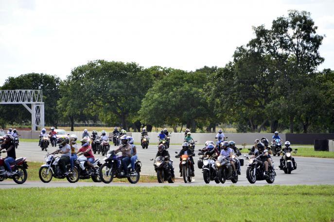 Produção de motocicletas tem alta, mas varejo já sinaliza retração