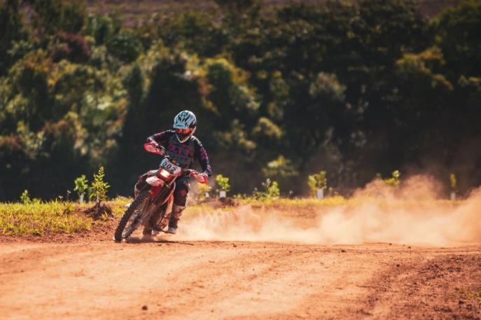 Rafa Espíndola vence para a Pro Tork na retomada do Brasileiro de Rally Baja