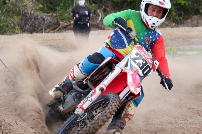 Motocross retorna no país com evento-teste de inauguração da pista em Aquiraz (CE)