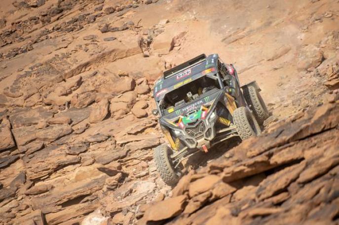 Dakar 2021 - Liderança de brasileiros é derrubada por três pneus furados