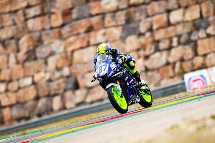 Irmãos Kawakami, da Yamaha Racing Brasil, fazem história na abertura da temporada 2021 do WorldSSP300