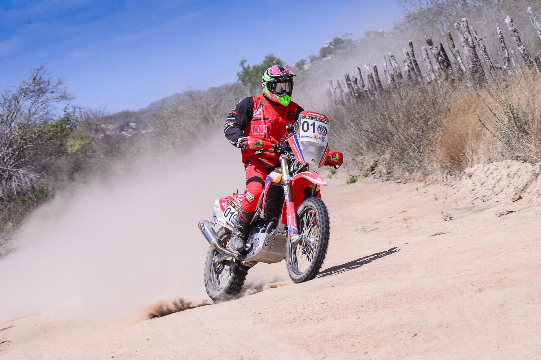 Tunico Maciel lidera as motos após dois dias de prova no Rally RN 1500