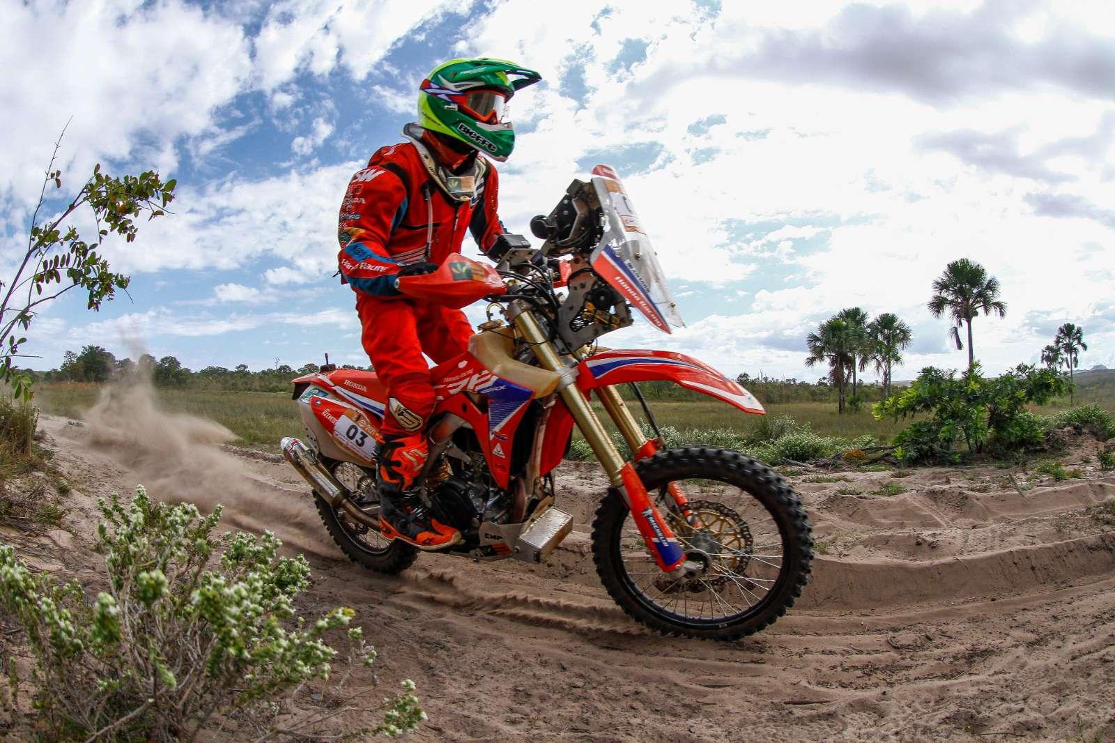 Equipe Honda Racing de Rally parte para a disputa da 29ª edição do Sertões
